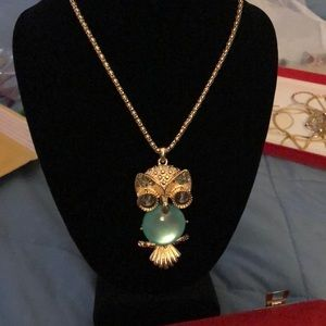 Jewelry - 🆕 Lovely Colourful Owl
